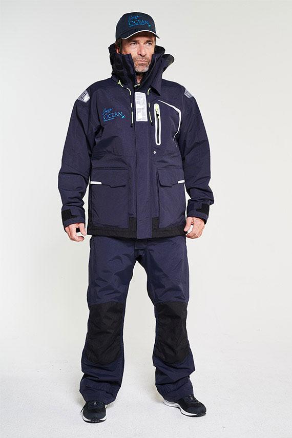 hobart-ocean-jacket-m-navy+hobart-ocean-trousers-m-navy+ocean-recy-cap_B43_ 10